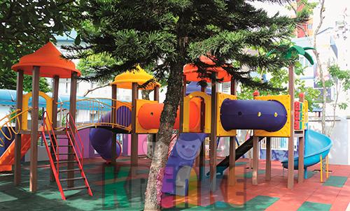 Playground KMP-507